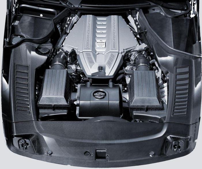 Восьми цилиндровый, V-образный бензиновый двигатель