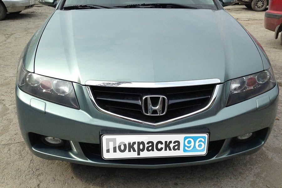 Передний бампер Хонда Аккорд 7