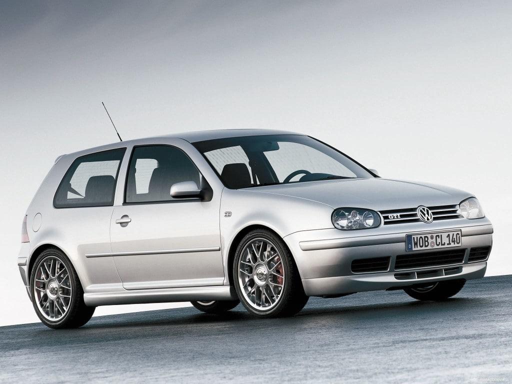 Volkswagen Golf 4 серебристый