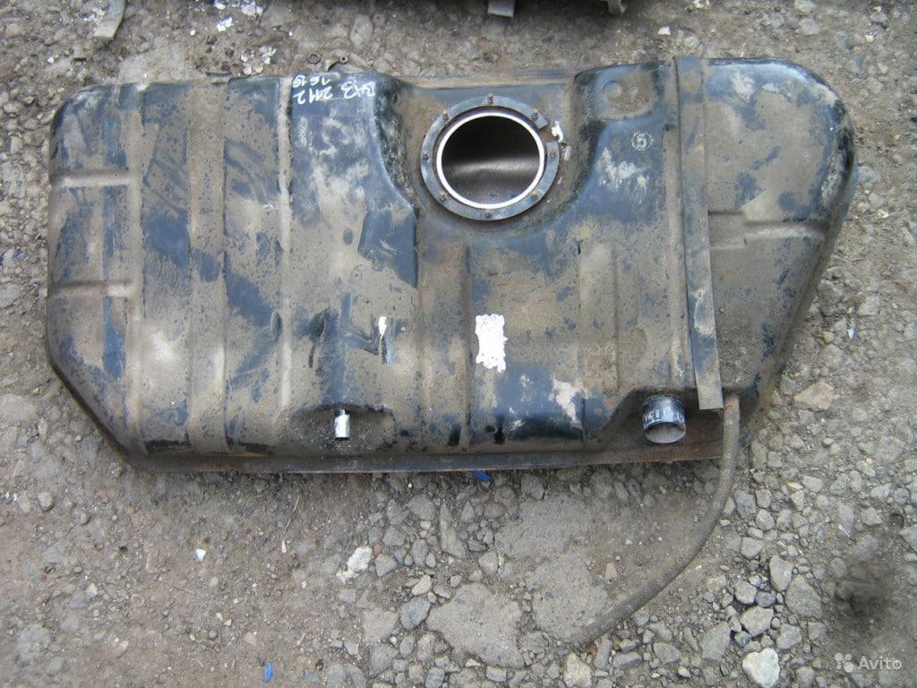 Топливный бак ВАЗ 2110