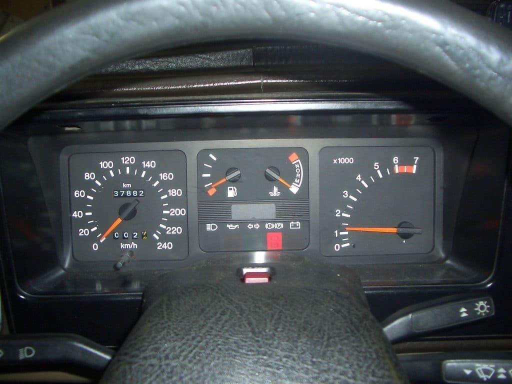 тахометр автомобильный схема подключения на ваз2105
