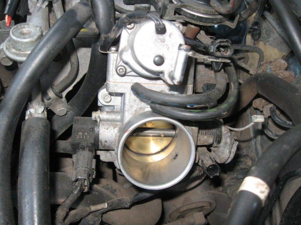 Прочистка дроссельная заслонка Mazda 626 ge