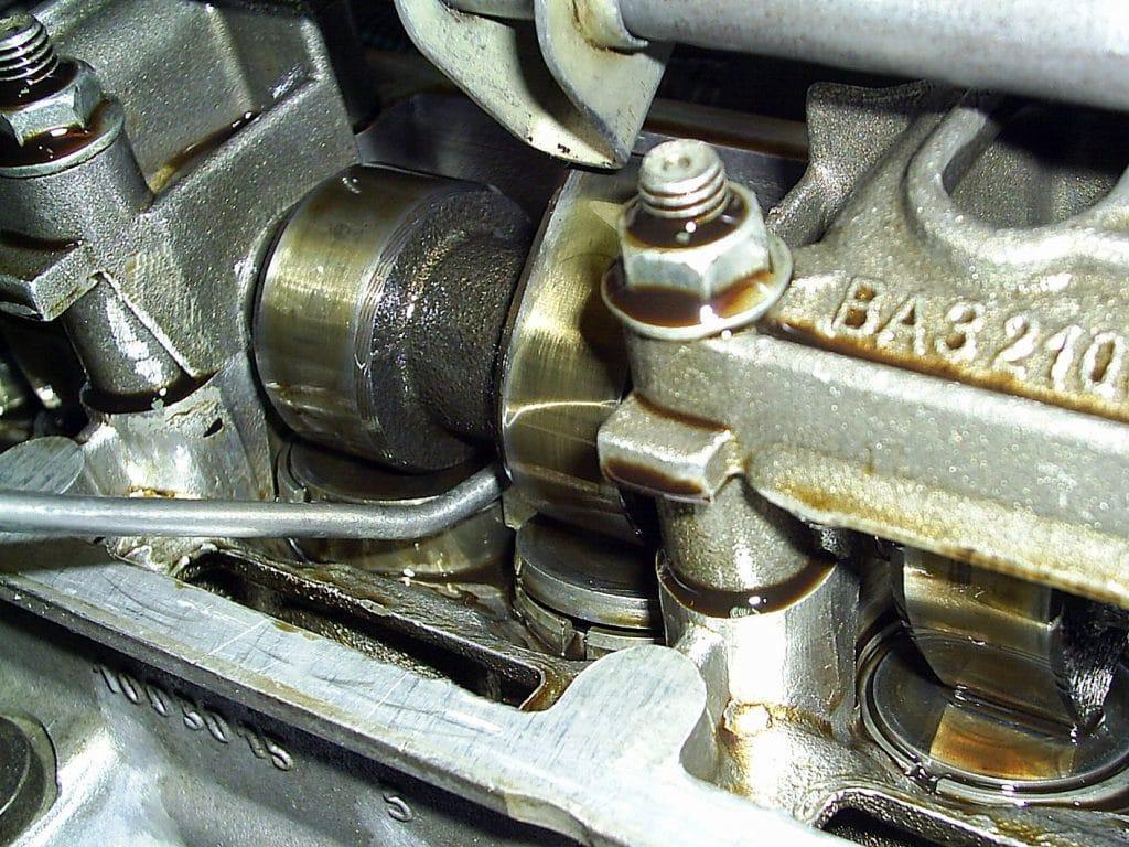 Для чего регулировать клапаны в ВАЗ 2115?