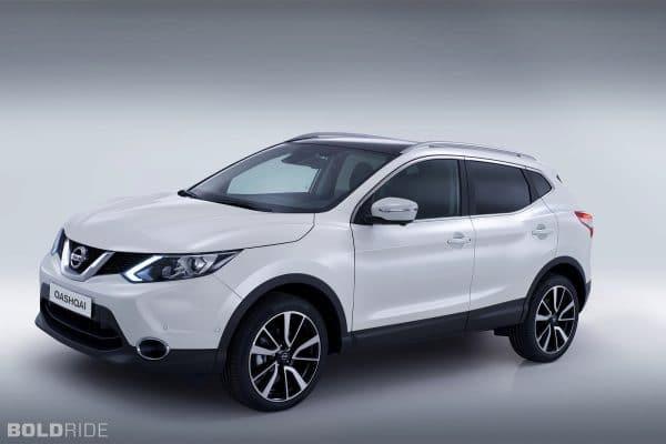 Nissan qashqai белого цвета