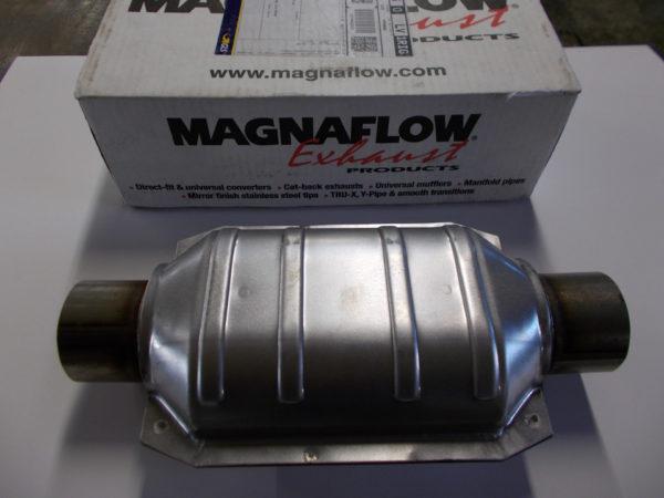 Выхлопная бочка Magnaflow